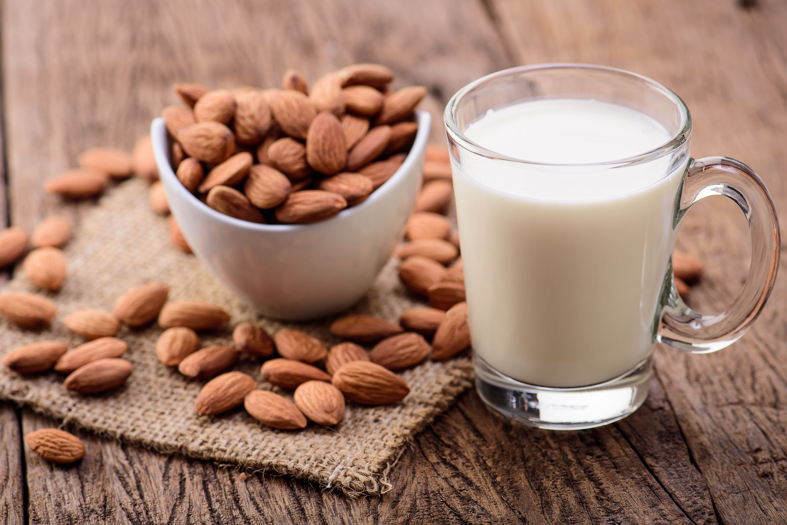Best Almond Milk of 2020: The ultimate guide
